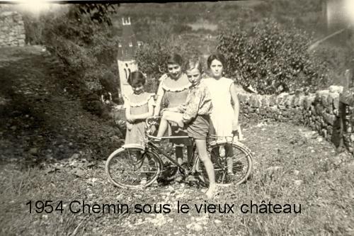 Chemin sous Château